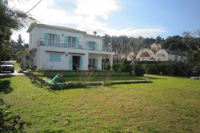 Real estate in Greece : luxury properties for sale in Greece